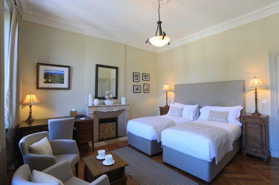 Chambre Superieure avec deux lit jumeaux Chambres d'Hôtes Mazamet La Villa de Mazamet Chambres et Table d'hotes De Luxe