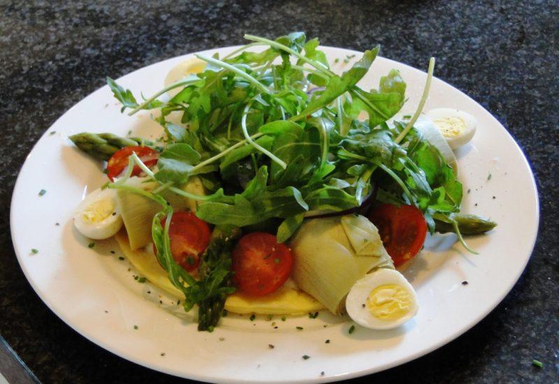 Salad d'ete a La Villa de Mazamet, Chambre et Table D'hote De Luxe, Mazamet Tarn