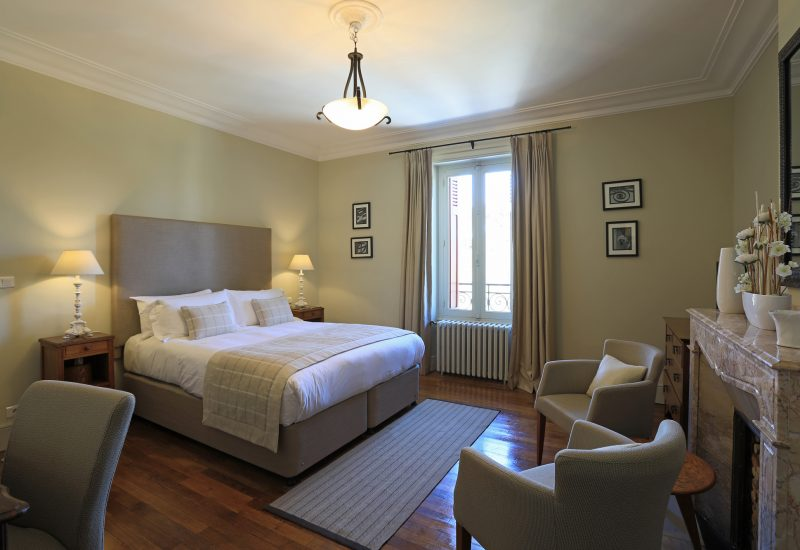 Classic Bedroom 2 Chambres d'Hôtes Mazamet La Villa de Mazamet Luxury Bed and Breakfast SW France