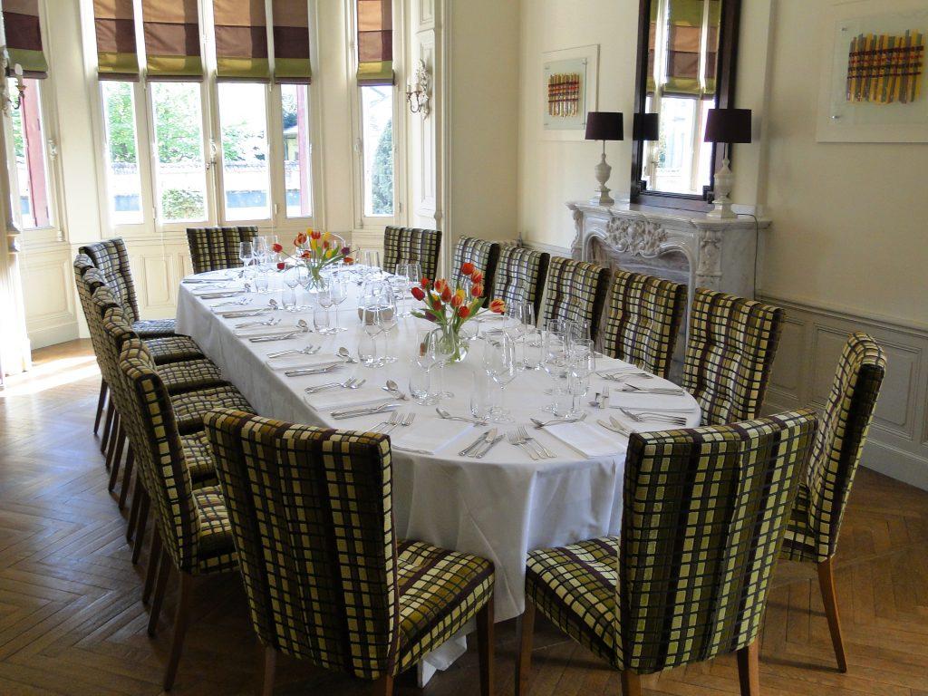Exclusive Use Dining Table Chambres d'Hôtes Mazamet La Villa de Mazamet Luxury Bed and Breakfast SW France